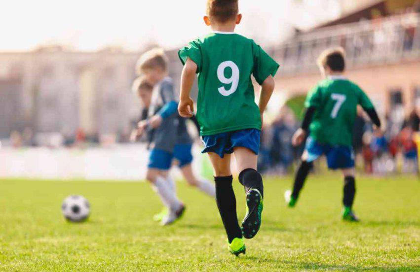 bambino escluso dal calcio