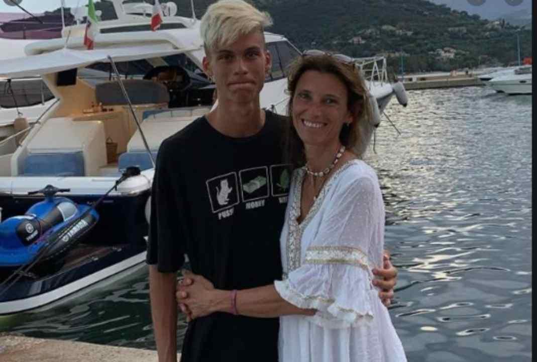 """""""Di anoressia si può morire"""": l'appello della mamma di un ragazzo morto a 20 anni   FOTO"""