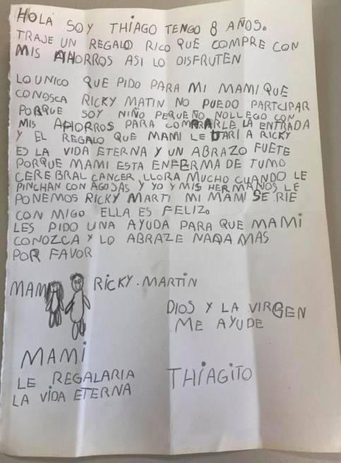 un bambino scrive una lettera 3