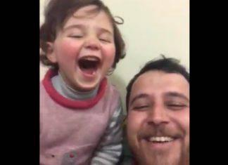 bambina ride per le bombe