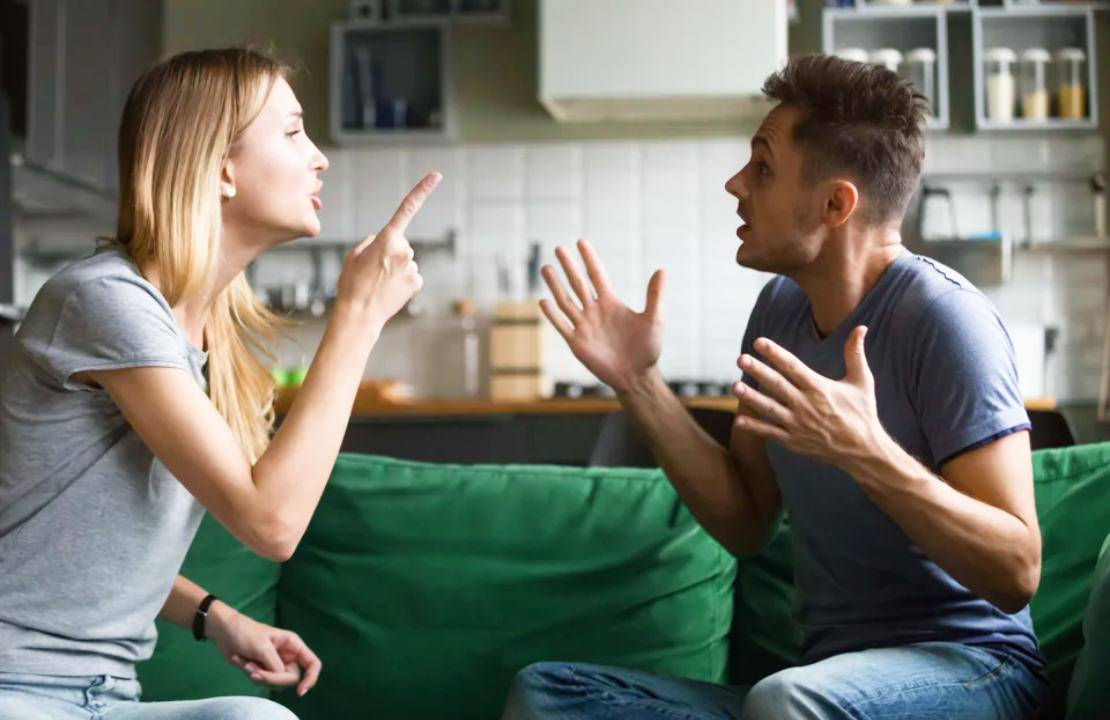 Come far durare un matrimonio durante la quarantena: i consigli degli esperti