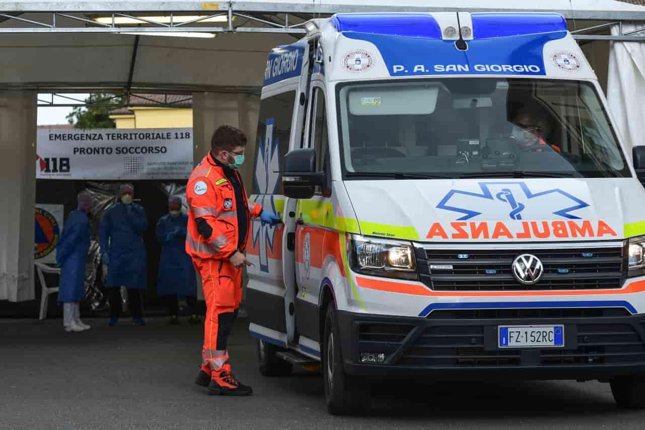 Coronavirus in Italia | Meno morti e ricoveri in ospedale | Dati al 18 aprile