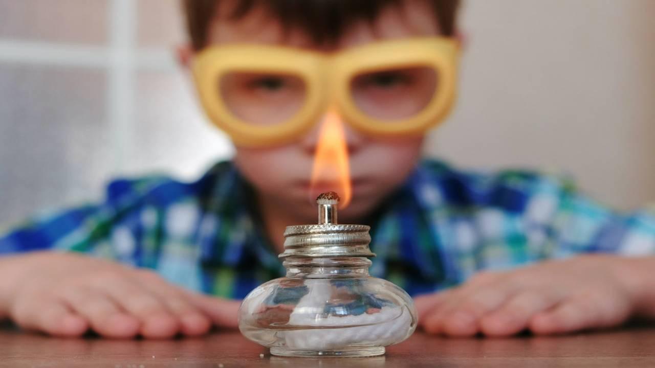 Popolare Esperimenti per bambini e ragazzi da fare a casa durante la quarantena AC19
