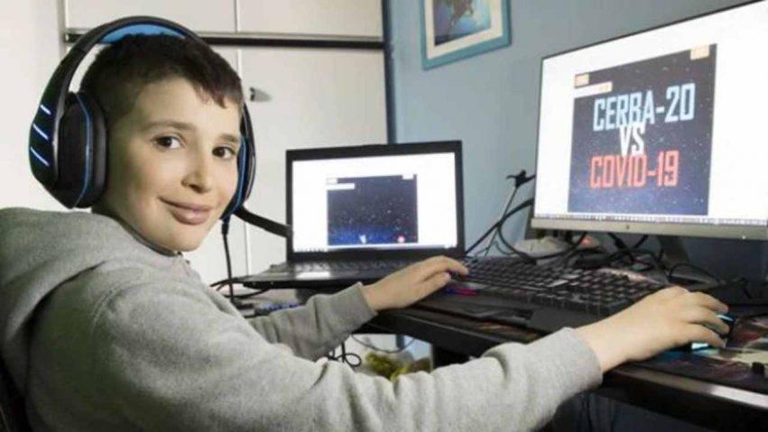bambino inventa un videogioco