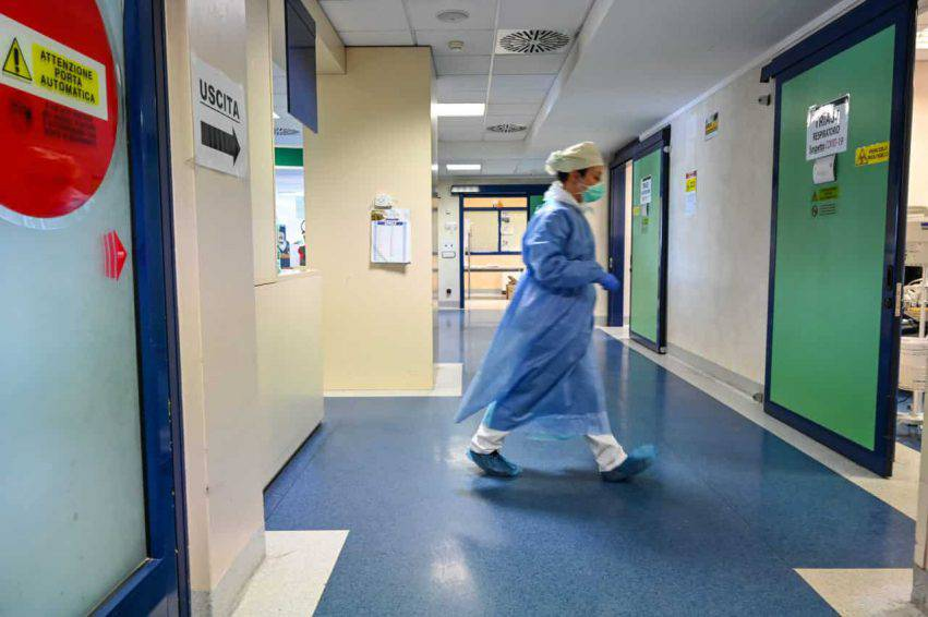 Coronavirus in Italia, i dati aggiornati: 96.877 positivi, 28.470 guariti e 18.279 decessi