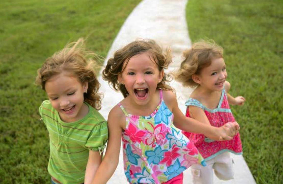 """""""Scuole del sole"""": per ridare ai bambini la libertà di crescere"""