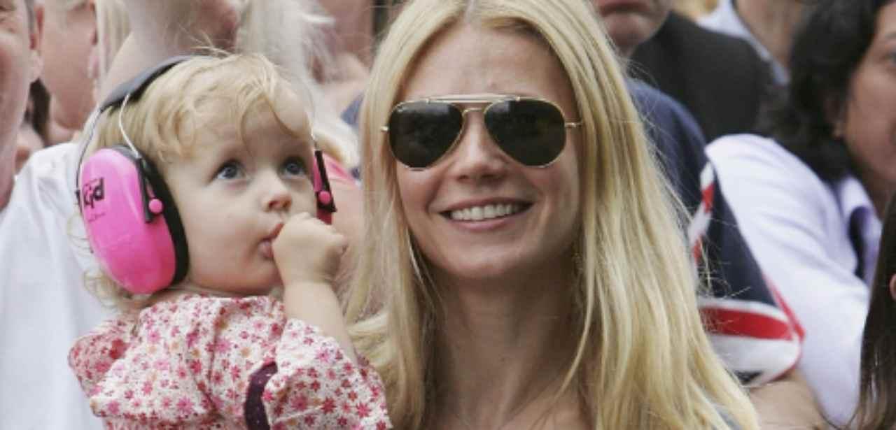 La figlia di Gwyneth Paltrow e Chris Martin compie 16 anni: a chi assomiglia? | FOTO