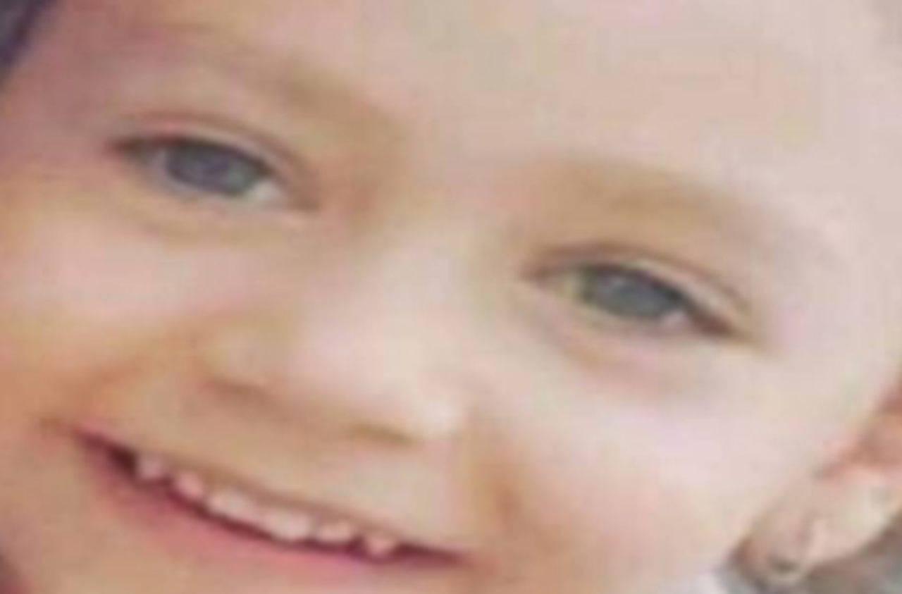 La lettera a Noemi, bambina di 5 anni vittima dalla camorra | FOTO