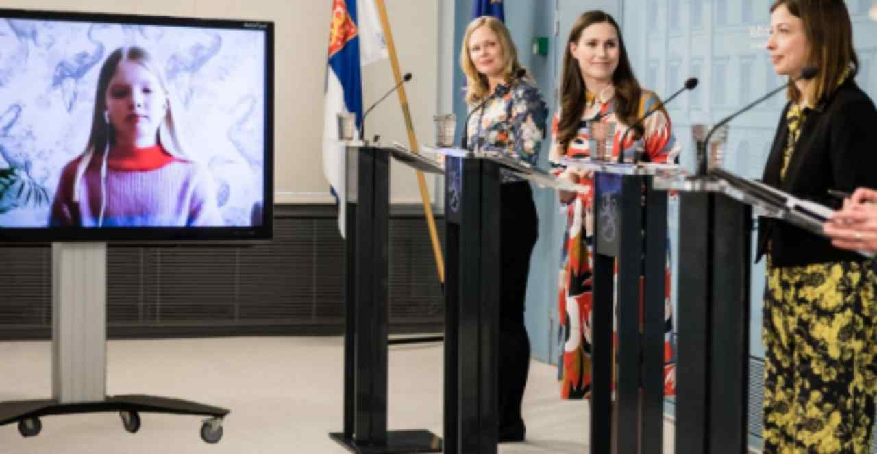Le domande dei bambini ai ministri: è la prima volta | VIDEO