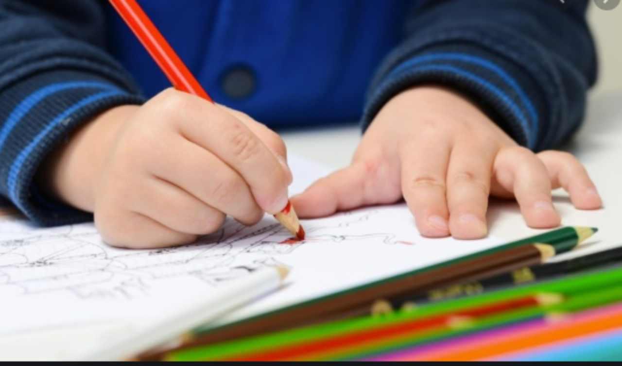 Più del 60% degli studenti non ha seguito lezioni: la denuncia della comunità di Sant'Egidio
