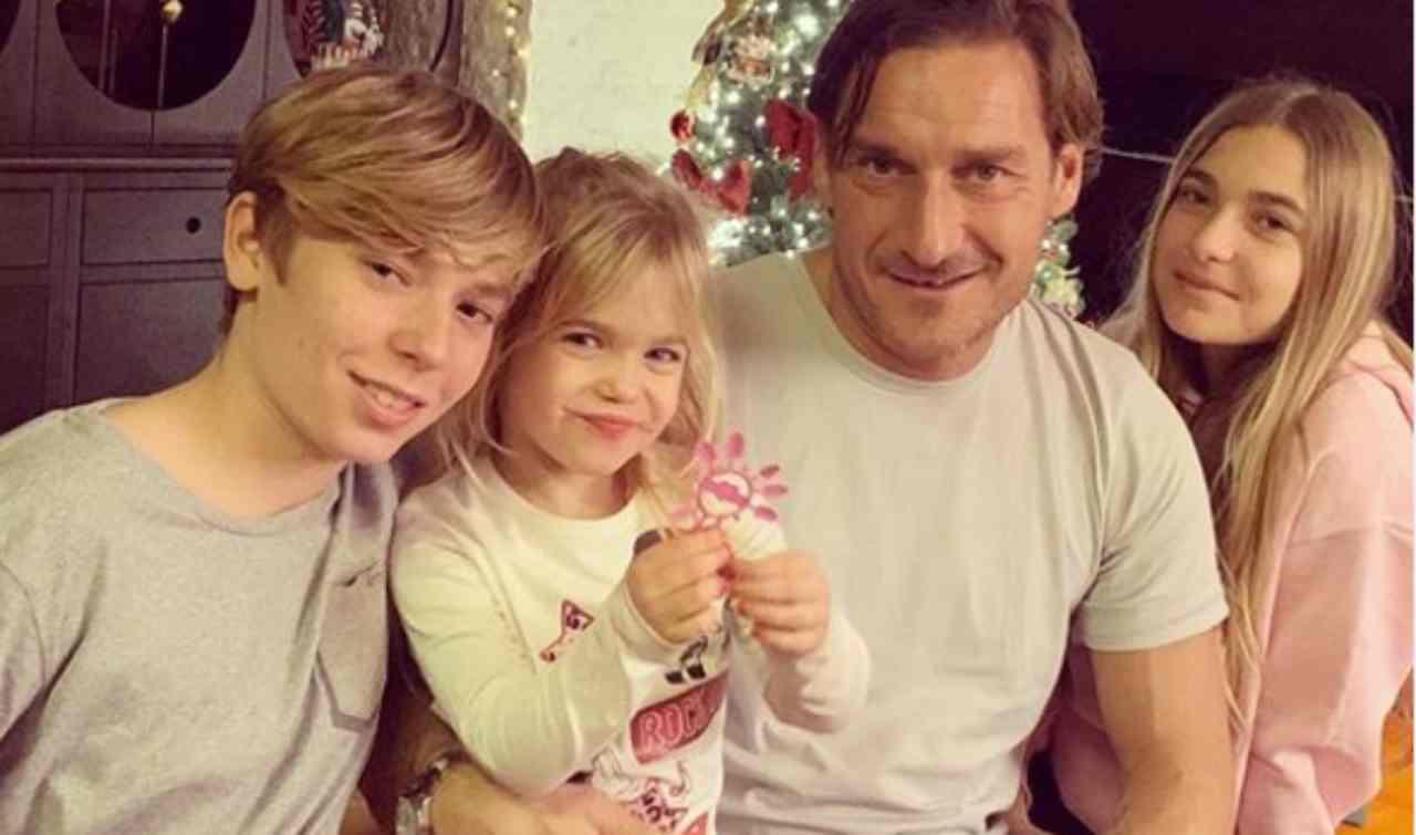 Chanel Totti compie 13 anni: le sorprese di mamma Ilary e papà Francesco | FOTO