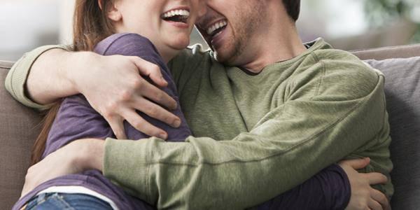 contatto fisico relazioni