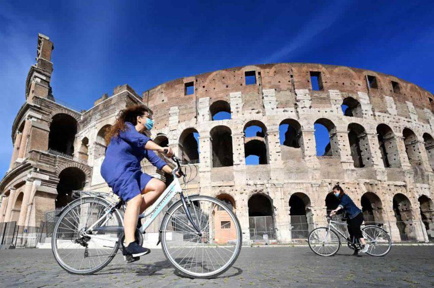 coronavirus italia contagi decessi calo
