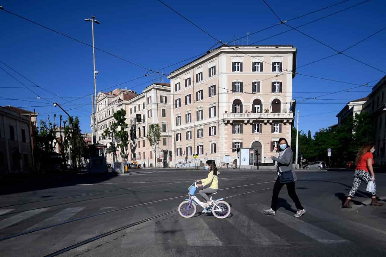 Coronavirus in Italia | Salgono i guariti e calano i morti | Dati al 12 maggio