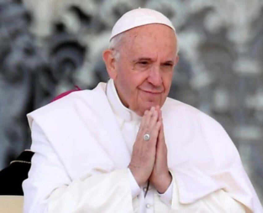 Papa Francesco telefona