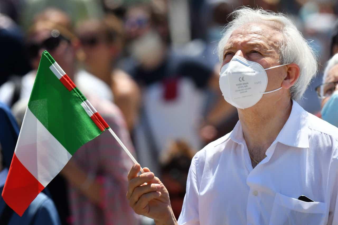 Coronavirus in Italia | Contagi stabili, risalgono i decessi | Dati al 28 giugno