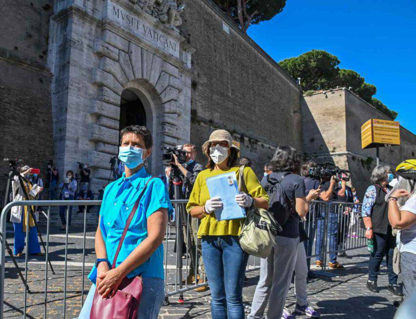 coronavirus italia aumento decessi