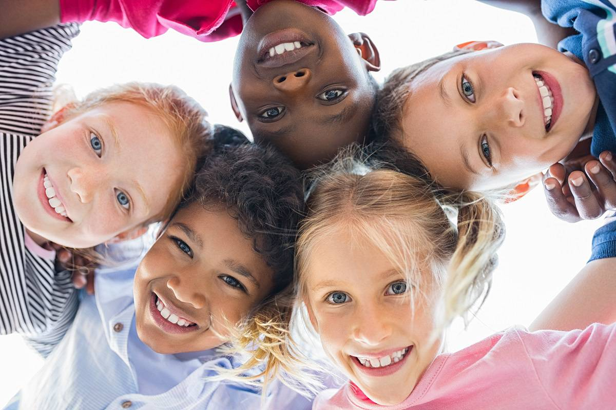 Giornata mondiale dell'amicizia: un giorno speciale per chi è senza famiglia