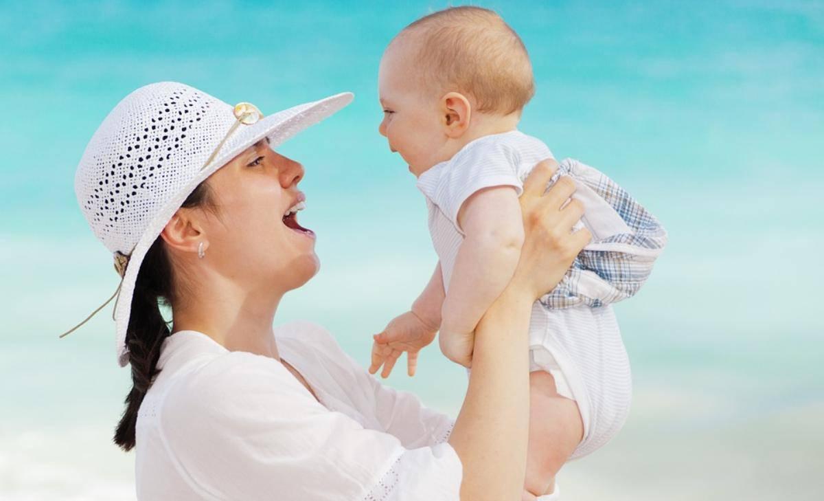 se ha caldo e non può dirlo - consigli per vestire i neonati in estate