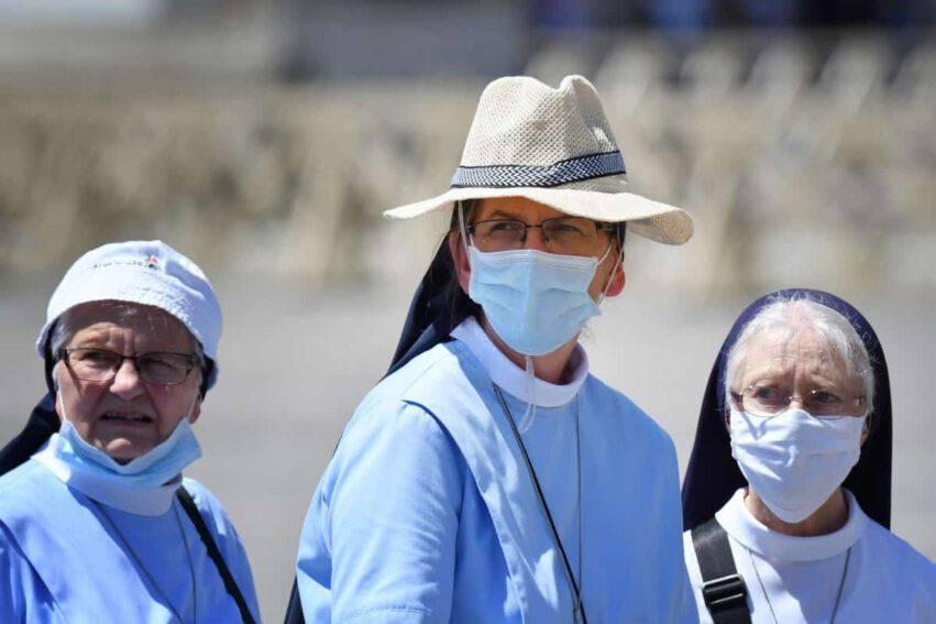 coronavirus italia salgono contagi