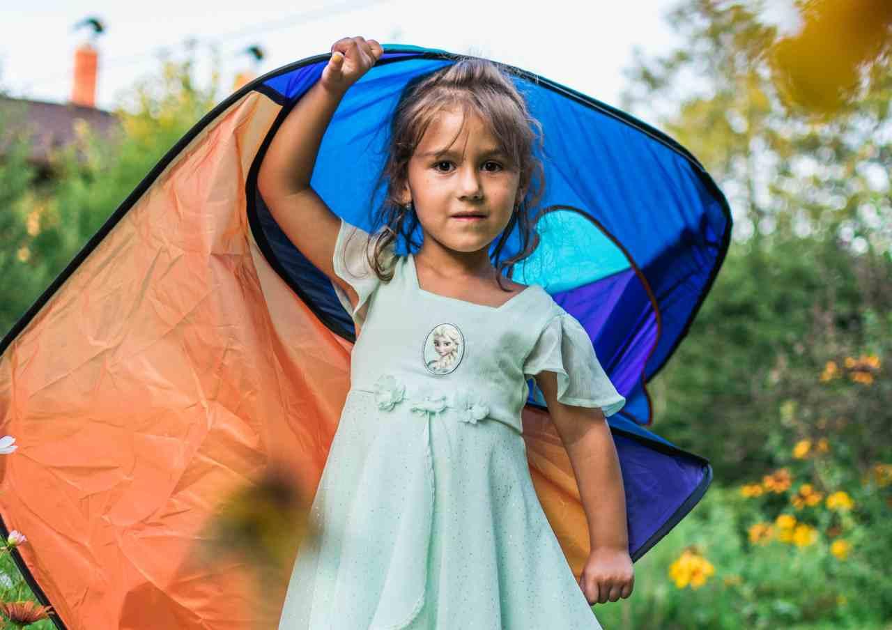 Bambini e campeggio (fonte unsplash)