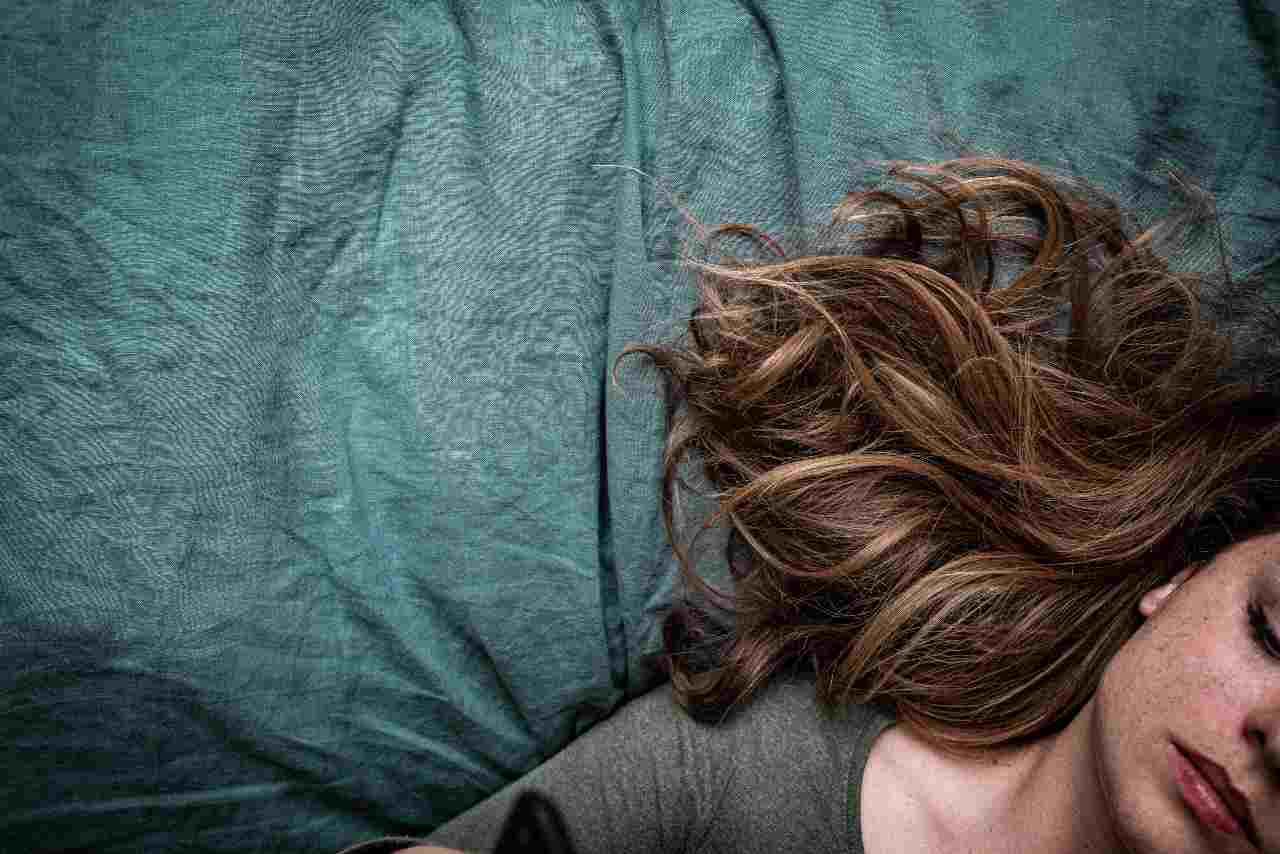 Caduta capelli (fonte unsplash)