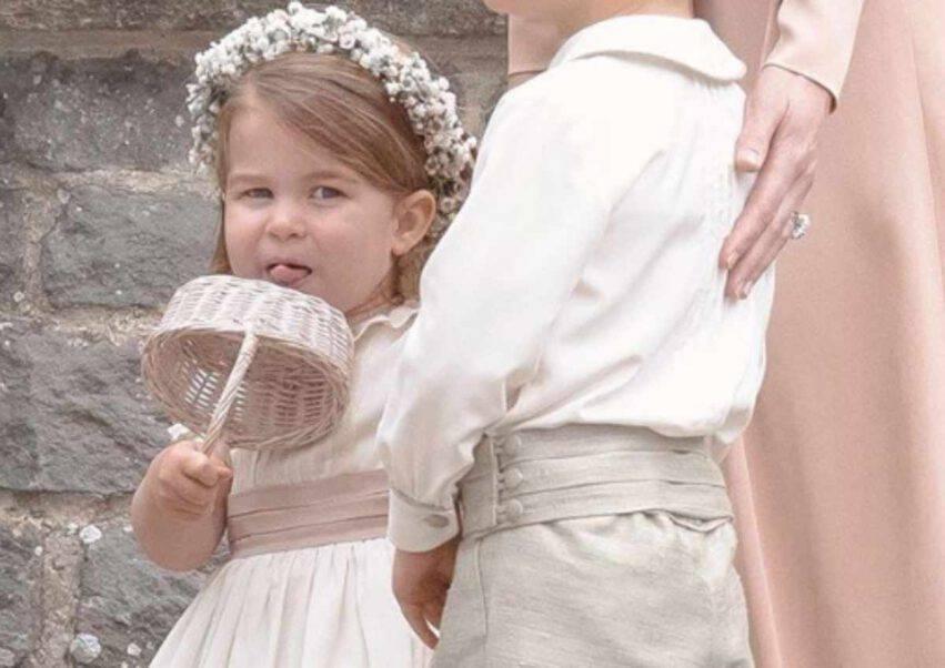 Charlotte con la tiara