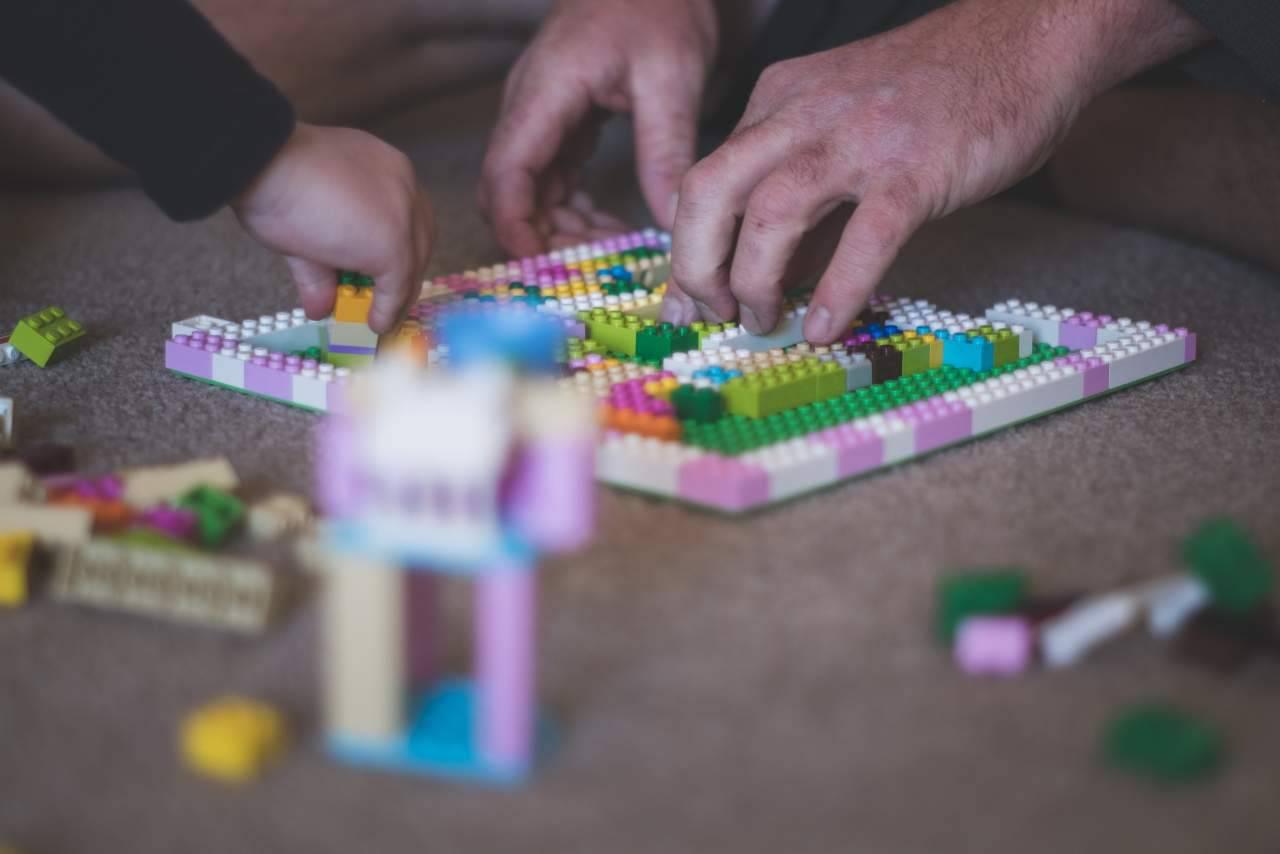 Mattoncini Lego (fonte unsplash)