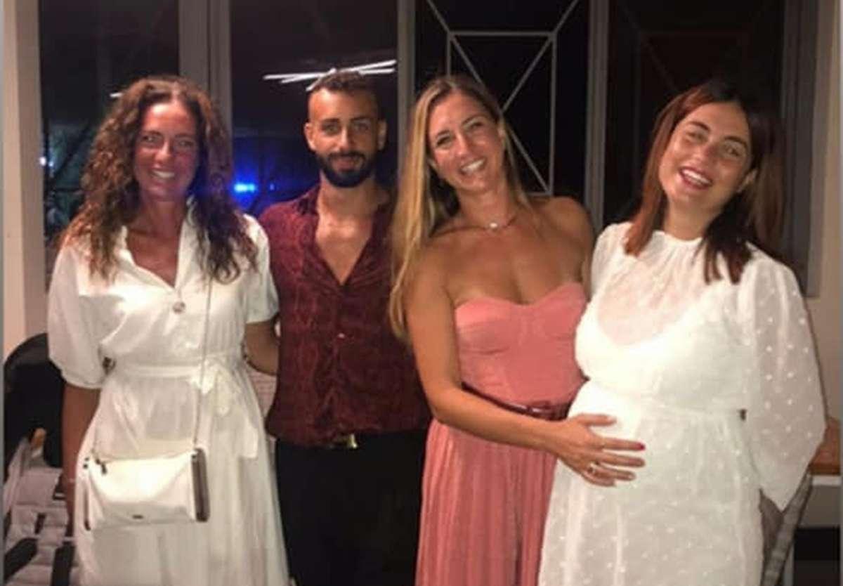 Ex corteggiatrice incinta
