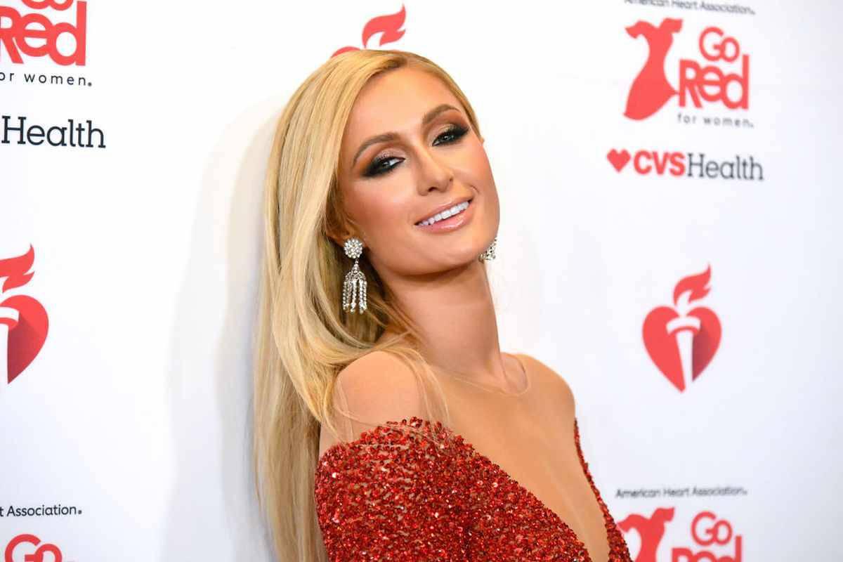 Paris Hilton mamma