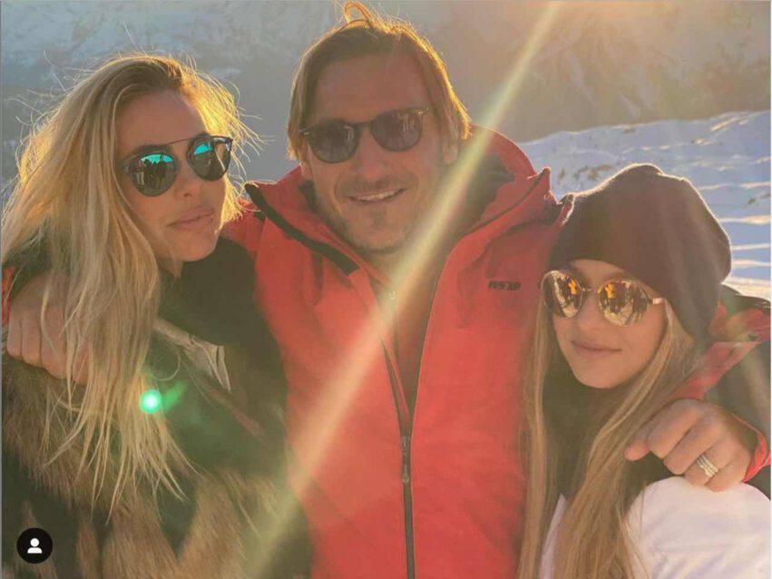 Francesco Totti, la figlia Chanel nella bufera per una foto in bikini
