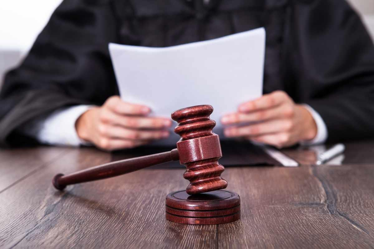 divorzio con addebito per tradimento