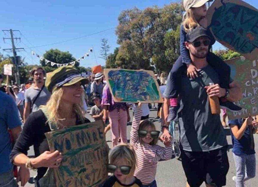 Chris Hemsworth festa papà
