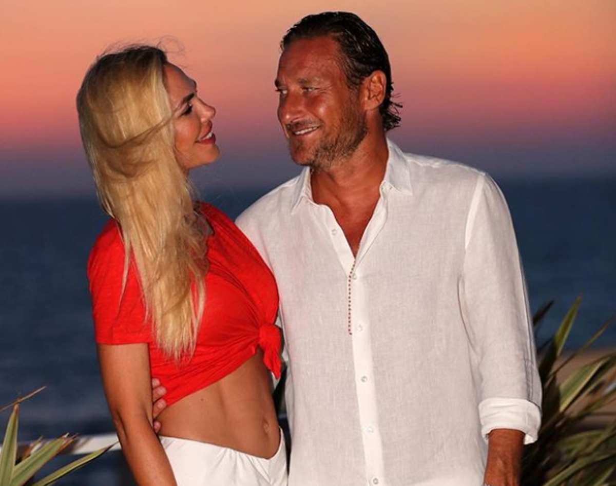 Francesco Totti: la reazione all'annuncio di Ilary sulla gravidanza