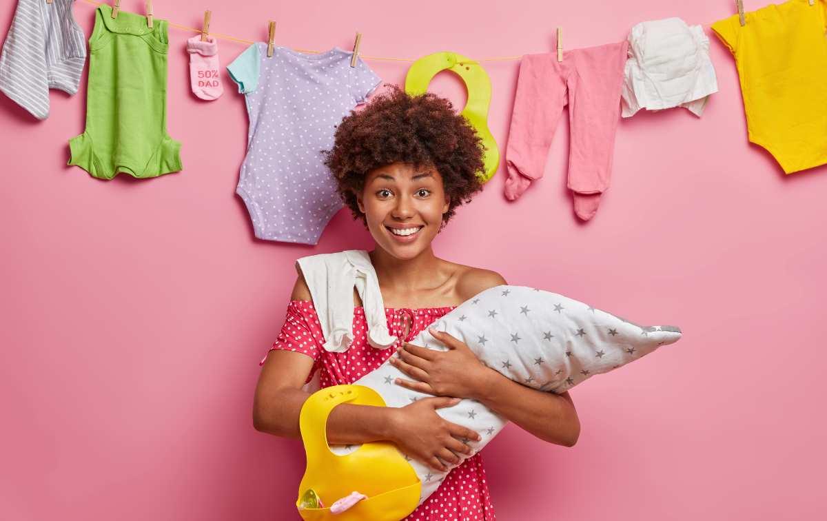 organizzare fasciatoio e armadio del neonato cosa non deve mancare