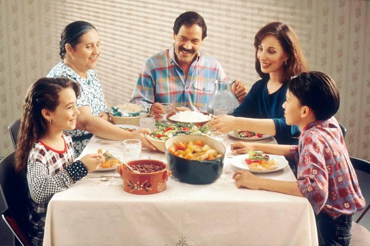 sano rapporto tra i nostri figli e il cibo