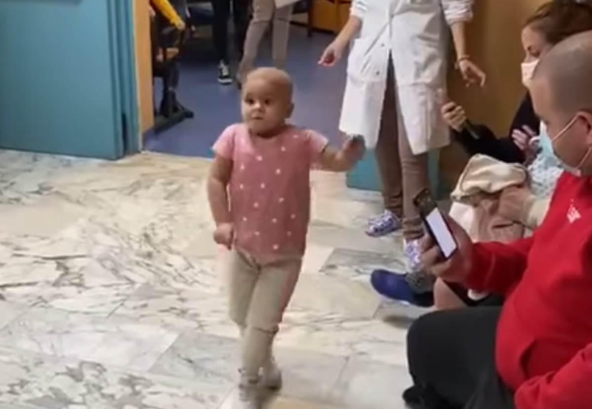 Bambina ospedale