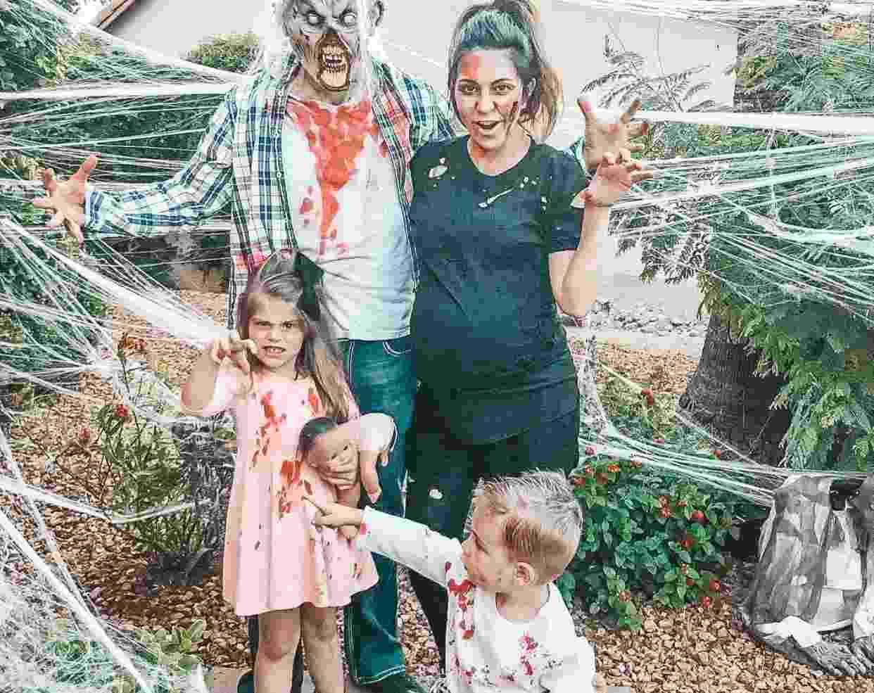 Famiglia zombie (fonte Instagram @jillesteban)