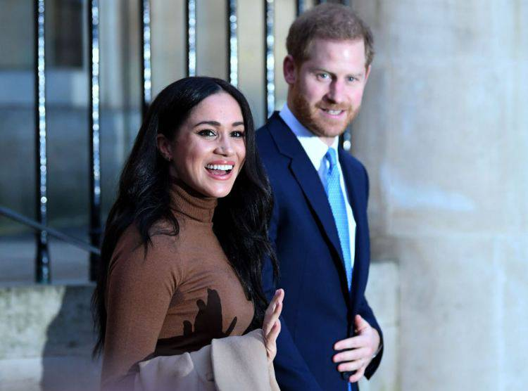 Harry e Meghan posano