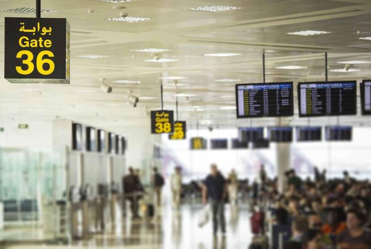 Neonato lasciato in aeroporto