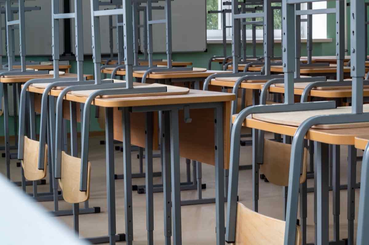 Puglia chiude le scuole