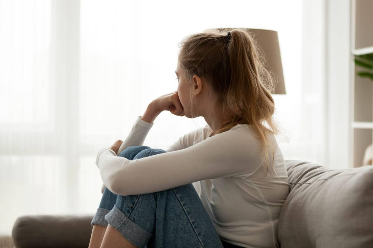 adolescenti dolore emtoivo