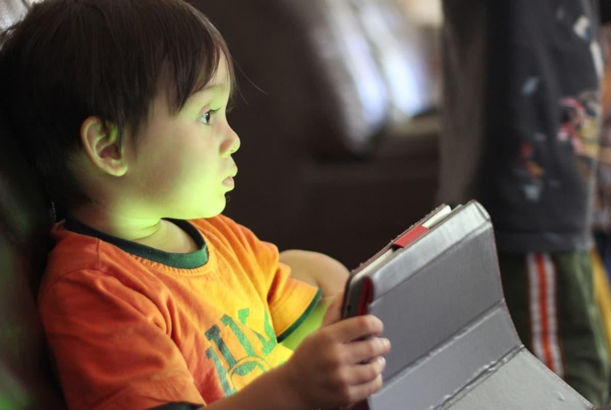 pericoli web bambini affetto