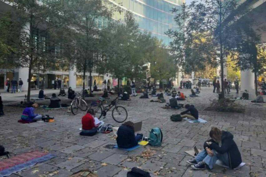 studenti protesta Milano