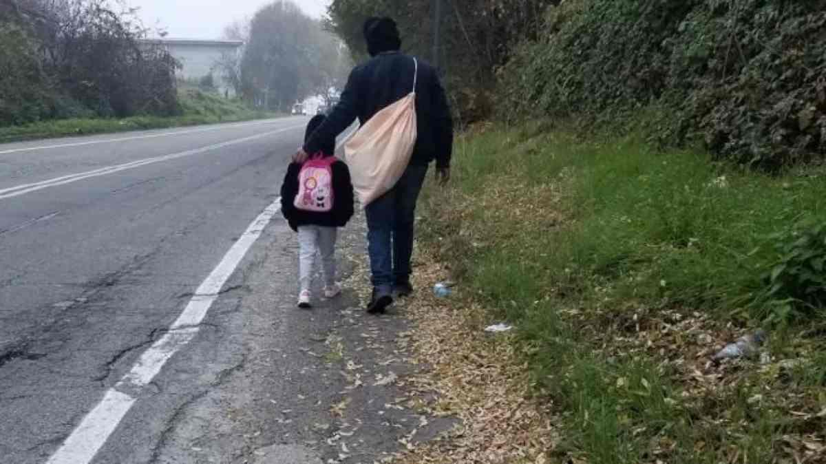 Bambina rom
