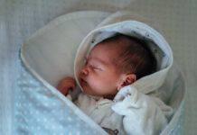 Sonno bambini, ninna nanna (fonte unsplash)