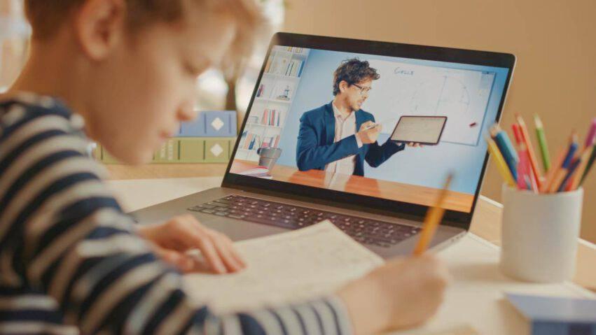 attacchi hacker scuole