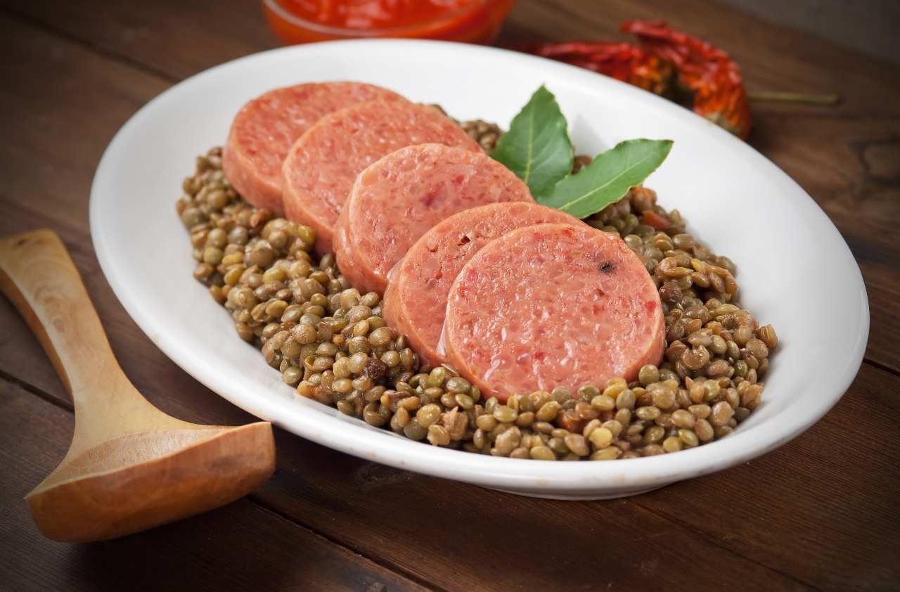 cotechino e lenticchie storia ricette