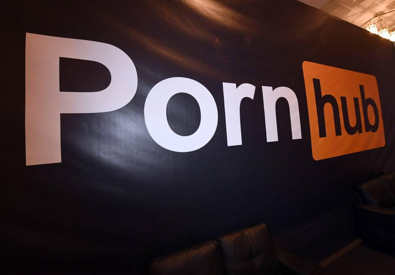 pornhub denunciato