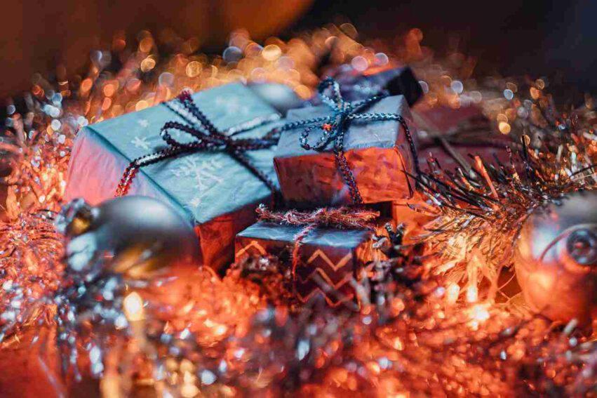 Regali Di Natale Per Nonni.Cosa Regalare Ai Nonni Per Natale 6 Idee Economiche E Utili